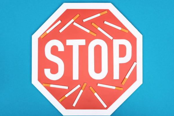 depositphotos_238978236-stock-photo-studio-shot-stop-sign-cigarettes.jpg