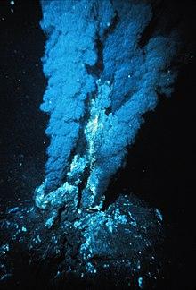 220px-Blacksmoker_in_Atlantic_Ocean.jpg