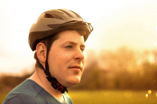 depositphotos_371979444-stock-photo-thicker-you-have-bicycle-helmet.jpg