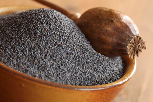 makovye-semena-polza-i-vred1.jpg