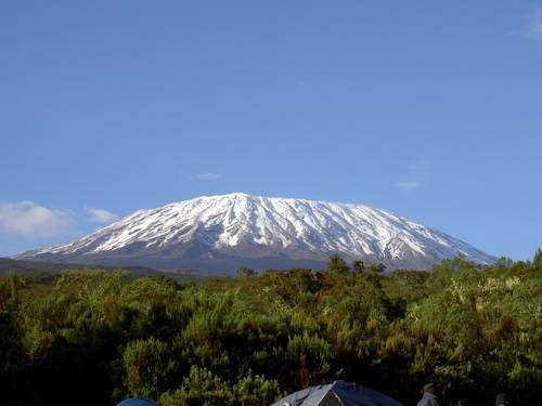чудеса-природы-Килиманджаро-500x375.jpg